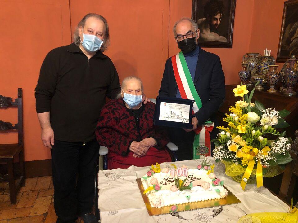 Cento anni Pia Cavalcanti