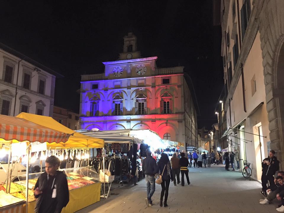 piazza matteotti bandiera francese